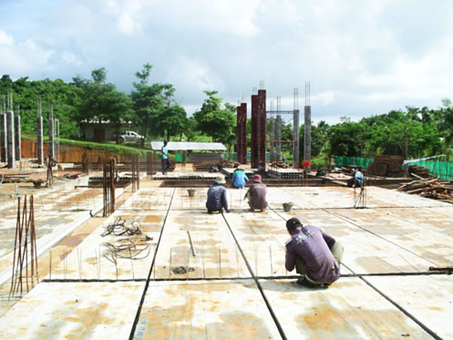 Prepare Concrete topping Work