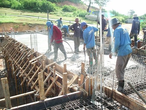 Pouring Concrete Beam and Slab Work